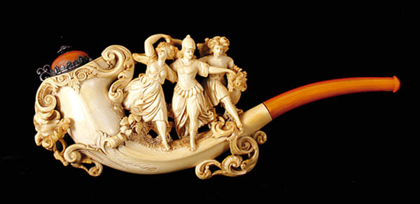 Antiques and Auction News Article: Locati Sells Meerschaum Pipe Collection