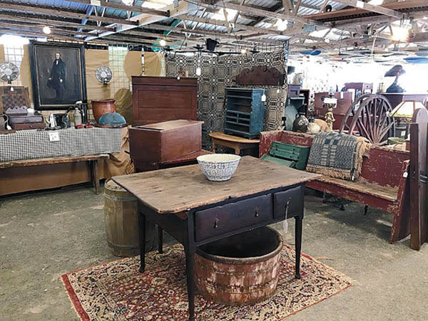 Antiques and Auction News Article: Renningers To Hold Antiques Extravaganza Shows In Kutztown And Adamstown